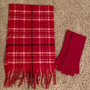 Cashmere scarf and glove set